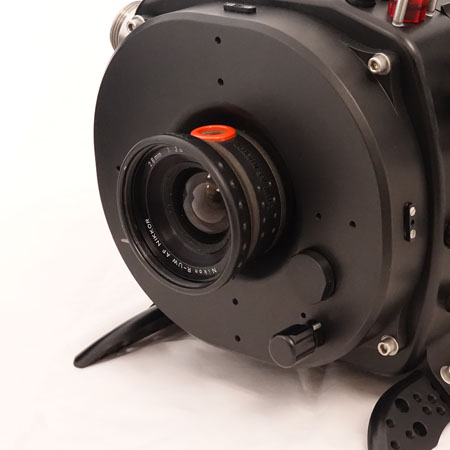 Nikonos RS 28